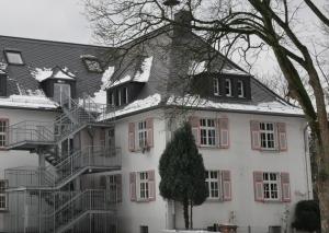 Die Grundschule Gruiten. Foto: Archiv TME