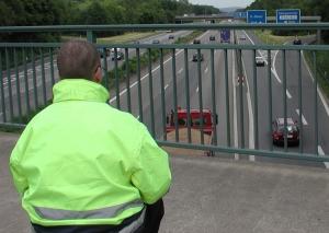 Auch manuell wurden die Fahrzeuge auf den Straßen in NRW erfasst. Foto: Straßen.NRW