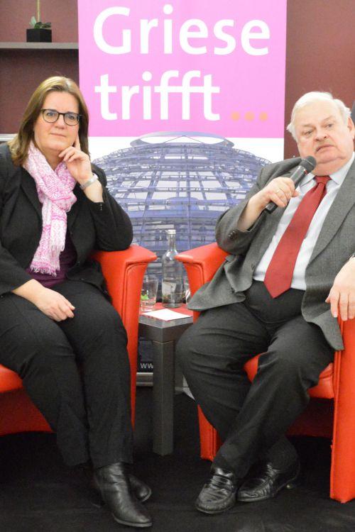 Im Kunst & Kaffee hat Kerstin Griese Guntram Schneider getroffen. Foto: SPD