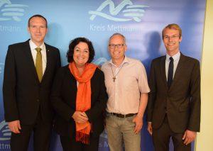 Lachende Gesichter bei der CDU: Dr. Jan Heinisch , Claudia Schlottmann, Martin Sträßer und Dr. Christian Untrieser. Foto: TME