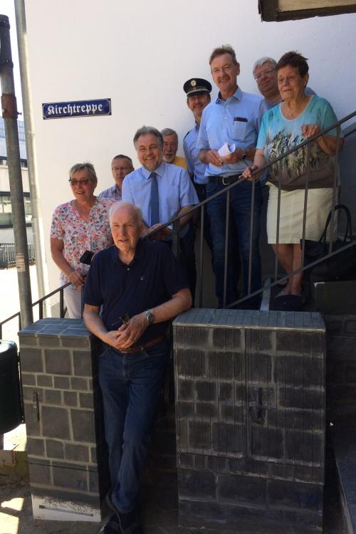 Dr. Peter Feyen (vorne) und Mitglieder des Aktionsbündnisses. Foto: TME
