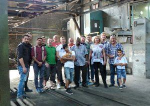 Ein Teil der Gießerei-Mitarbeiter. Foto: TME