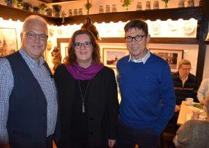 Kerstin Griese wurde in Wülfrath von Wolfgang Preuß (l.) und Manfred Hoffmann begrüßt. Foto: TME