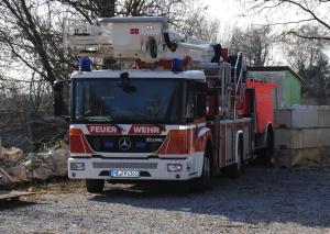 Ausgemustert: Das Hubrettungsfahrzeug ist derzeit am Friedhof Lindenheide abgestellt. Foto: TME
