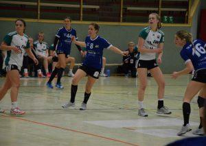 Niki Hölters unterstützt das Team trotz Fingerverletzung. Fot: TME