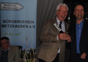 Klaus Sänger (l.) gab den Staffelstab an seinen Nachfolger Gregor Neumann weiter. Foto: TME