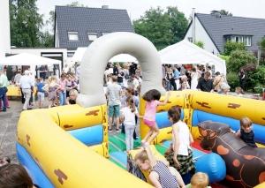 Die Hüpfburg war bei den jungen Festbesuchern sehr beliebt. Foto: privat