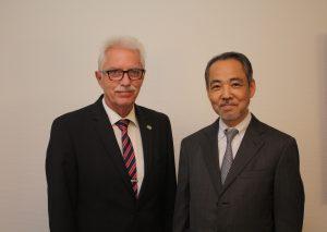 Landrat Thomas Hendele und Generalkonsul Masato Iso. Foto: Kreis Mettmann