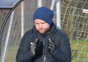 Sebastian Saufhaus nimmt seine Spieler in der Vorbereitung auf die Rückrunde hart ran. Foto: TME