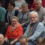 Im Publikum gesichtet: ehemalige Lehrer des Gymnasiums (v.l.) wie Ex-Schulleiterin Erika Winkler. Bettina Göller und Michael Herzog.