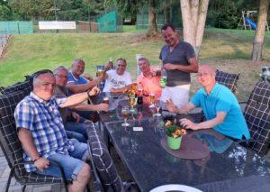 Die Herren 50 des TC Ford in Feierlaune. Foto: privat