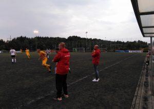 Co-Trainer Benjamin Waldt (links) und der Sportliche Leiter Mutlu Yalavac (rechts) leiten derzeit die Abläufe / Foto TME