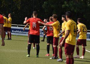 Ein umkämpftes Unentschieden gelang Rot-Weiß gegen den Tabellenführer. Foto: Uli Klückmann